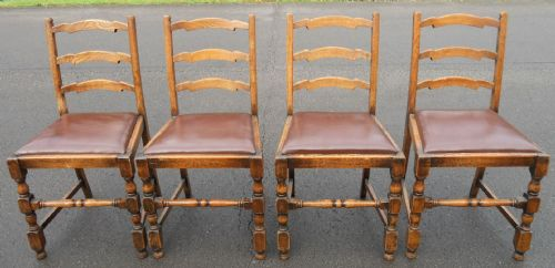 Set of Four Oak Ladderback Dining Chairs